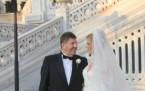 Emel Sayın'dan düğün sürprizi!
