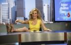 Elizabeth Banks Walk Of Shame Röportajı ve Fotoları