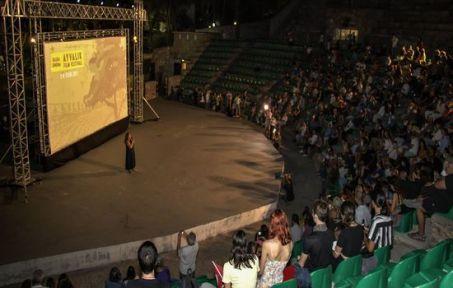 Başka Sinema Ayvalık Film Festivali Başladı!