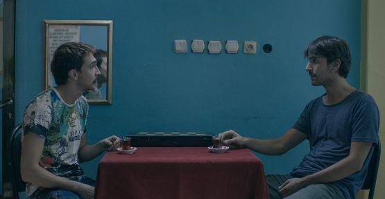 """Bir İzmir Filmi """"KÖRFEZ"""" Venedik'te!"""
