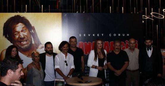 """""""CANAVAR GİBİ"""" FİLMİNİN GALASI YAPILDI!"""