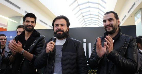 """""""DELİLER FATİH'İN FERMANI""""NIN ANKARA GALASINA BÜYÜK İLGİ"""