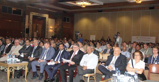 Dünya Bakliyat Konfederasyonu İzmir'de toplandı