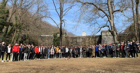 İYİ Gençlik İstanbul'dan Orman Haftası yürüyüşü